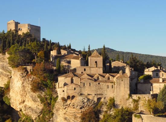 village medieval vaison la romaine